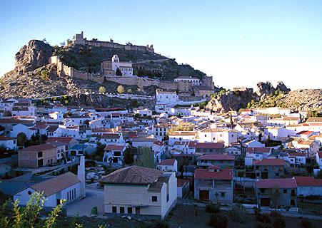 Casa rural en alcala la real andalucia for Piscina cubierta alcala la real